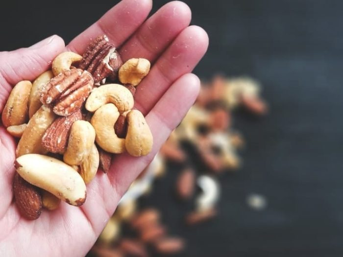 nuts on a ketogenic diet