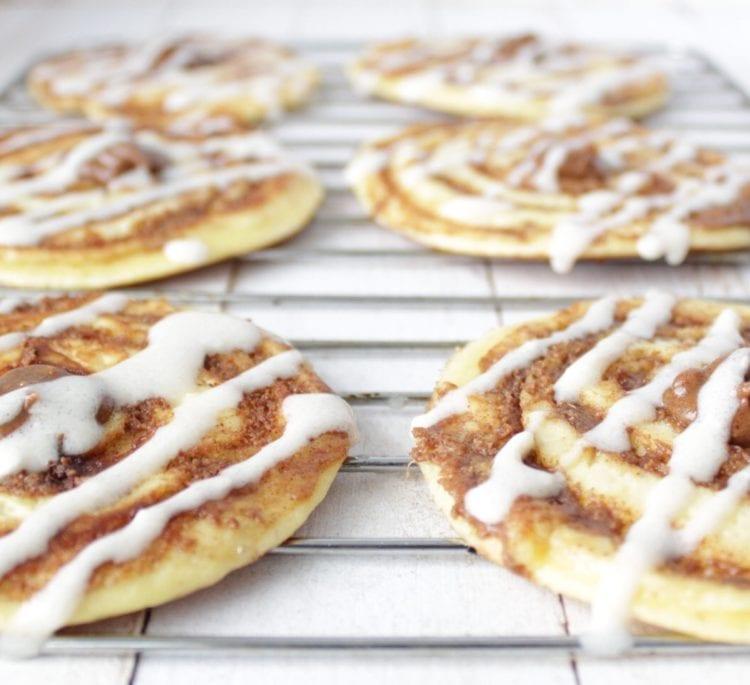 Keto Cinnamon Roll Pancakes