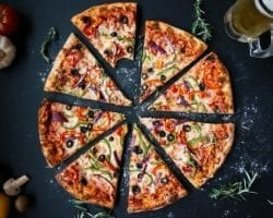 6 Keto Pizza Recipes You Can Make Right Now!