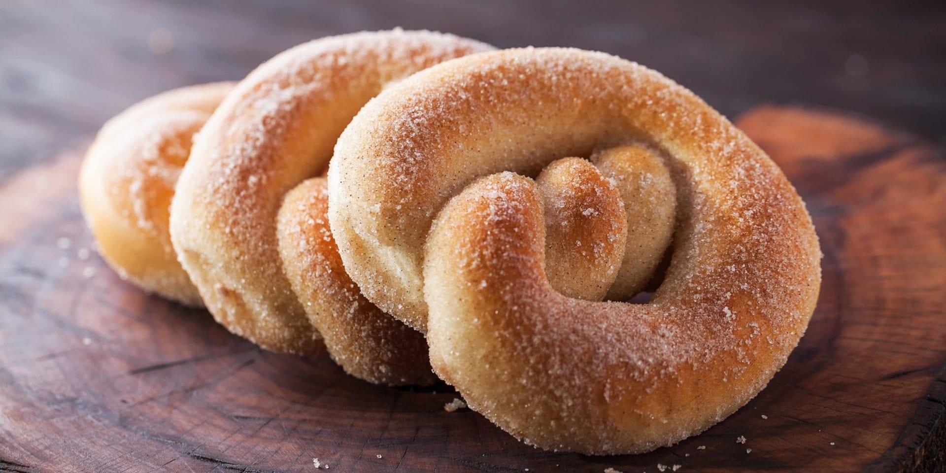 soft cinnamon keto pretzel