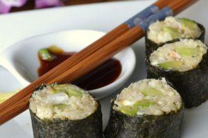 keto sushi- carbs in cucumbers