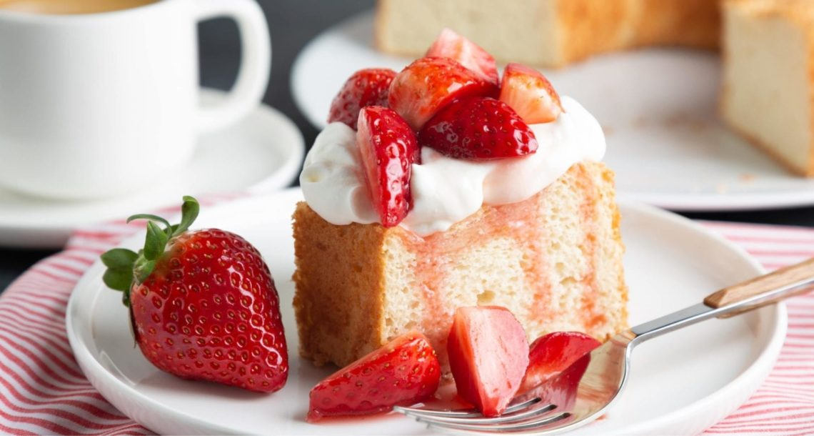 keto strawberry short cake