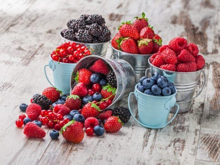 berries on keto