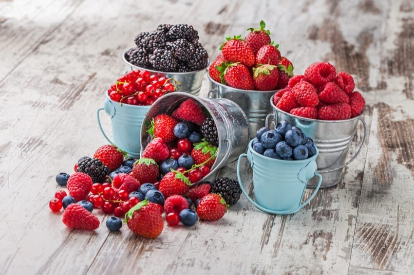 berries on keto