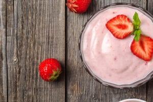 keto strawberry yogurt
